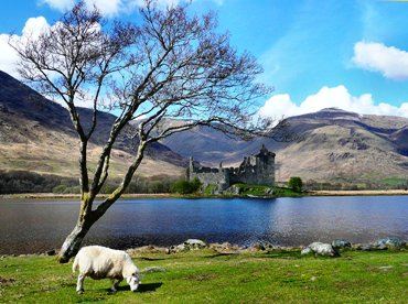 "This photo of Kilchurn Castle on Scotland's Loch Awe was taken by ""R Q"" of Glasgow, Scotland."